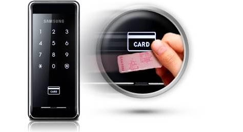 В модели Samsung SHS-2920 использован новый считыватель RF-карт , увеличивший скорость считывания зарегистрированных карт до 1 секунды.